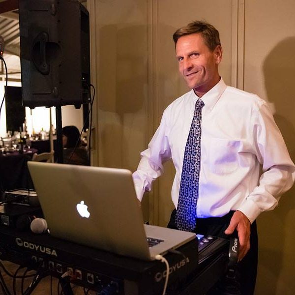 DJ Rob wedding DJ, school dance, prom, homecoming, corporate DJ, emcee, mc, party, Epic Entertainment pismo beach, atascadero, paso robles, santa maria, santa ynez